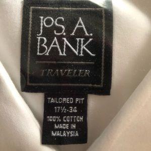 Brand new men's white dress shirt 17 1/2 -34